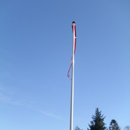 Glasfiberflagstang med vippebeslag 12 meter